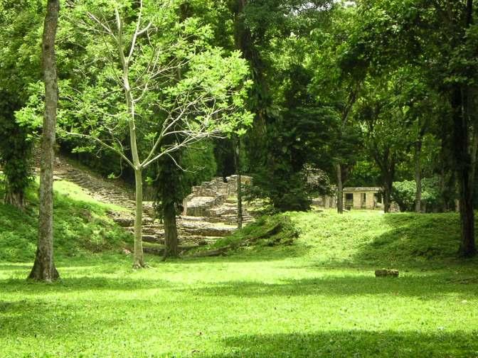 Natuur, zon en oude bouwerken
