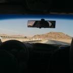 Racen met een taxi in Jordanië